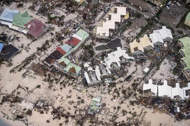 170907-hurricane-irma-sint-maarten-njs-nbcnews-ux-2880-1000